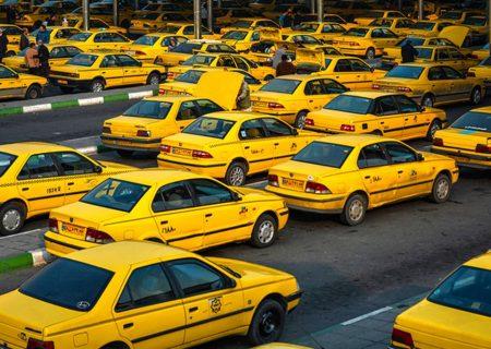 تاکسیها مجاز به سوار کردن بیش از ۳مسافر نیستند