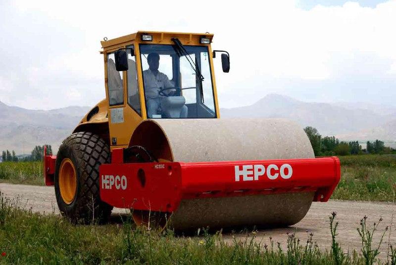 هپکو ۹۰۰ دستگاه ماشین آلات راهسازی و معدن کاوی میسازد