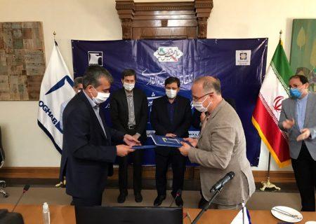 تفاهمنامه واگذاری ۴۰۰۰ دستگاه اتوبوس و مینیبوس با شرکت عقاب افشان امضا شد