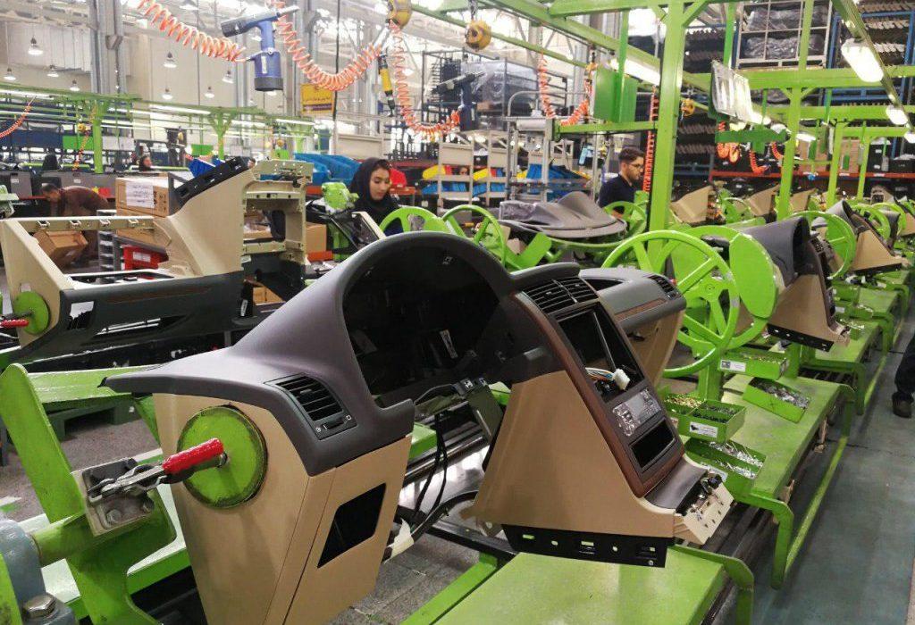 خودروسازان قرارداد قطعهسازان را بروزرسانی کنند