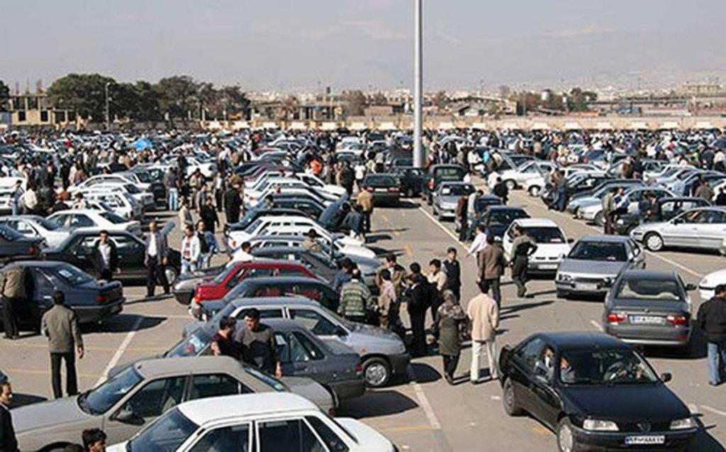 قیمت خودرو سقوط میکند