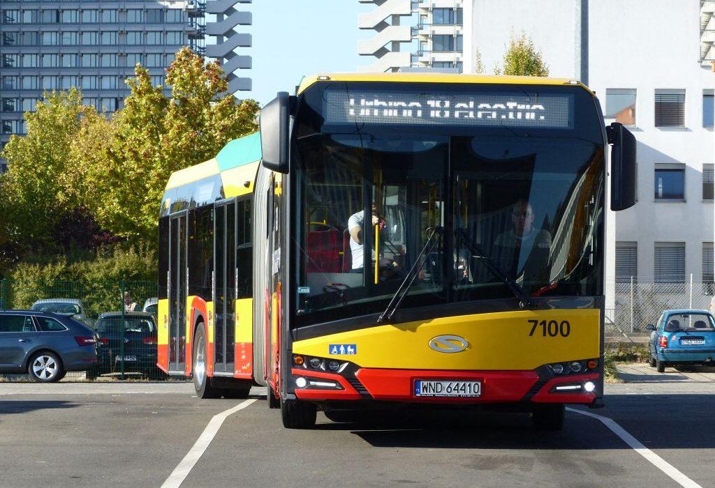 چراغ سبز شهردار برای ورود اتوبوس های دست دوم خارجی