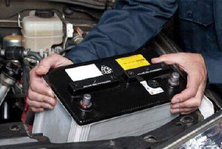 سوء استفاده برخی فروشندگان باتری از معاملات سرب