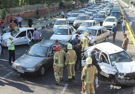 کنار نکشیدن خودرو در تصادفات، تخلف است