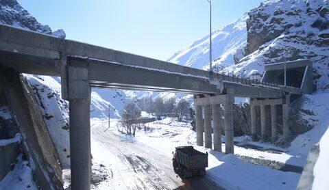 افتتاح تونل البرز آزادراه تهران-شمال باز هم به تاخیر افتاد
