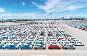 رفع ایرادات شورای نگهبان به مصوبه واردات خودرو در دستور کار کمیسیون صنایع قرار میگیرد